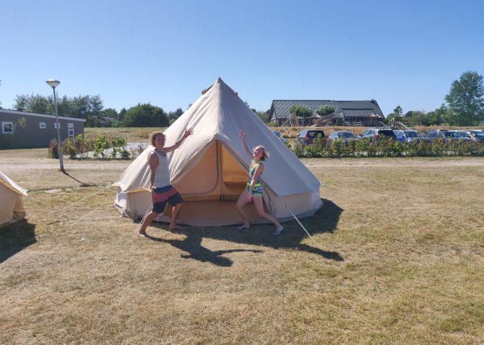 Luxe kampeer tenten op DeZeilschool